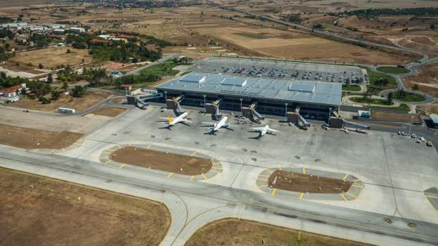 Aerodrom Aleksandar Veliki 01