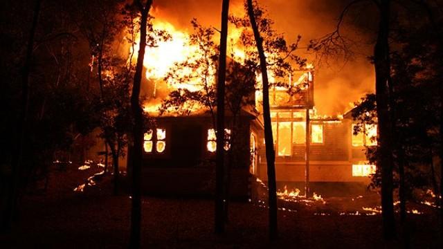 Кривични за две лица од струшко Ливада, кои запалиле куќа во селото Делогожда